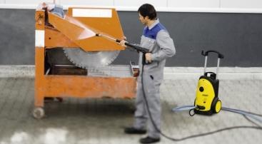 Eficienta spalatorului cu presiune in curatenia industriala