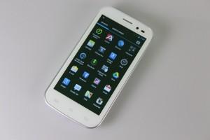 Tipuri de display-uri pentru telefoanele mobile