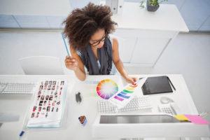 Cu ce se ocupa un designer grafic?