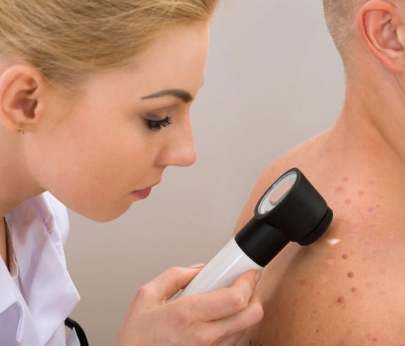 Ce este si ce face un dermatolog?